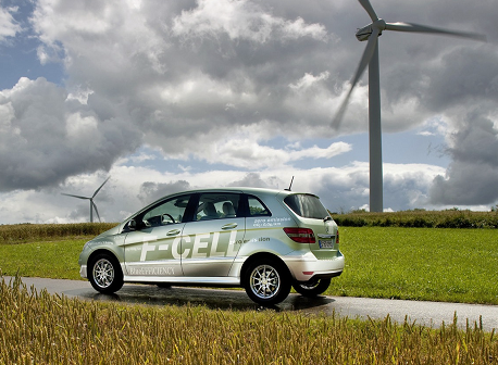 Mercedes B-Class F-Cell hydrogen fuel cell car